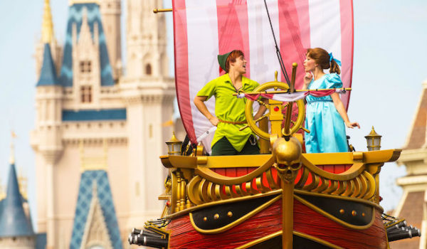 RESERVATIONS NOW AVAILABLE FOR DISNEY FESTIVAL OF FANTASY PARADE DINING PACKAGE